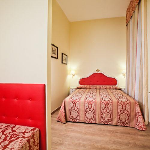 venezia camera elegant